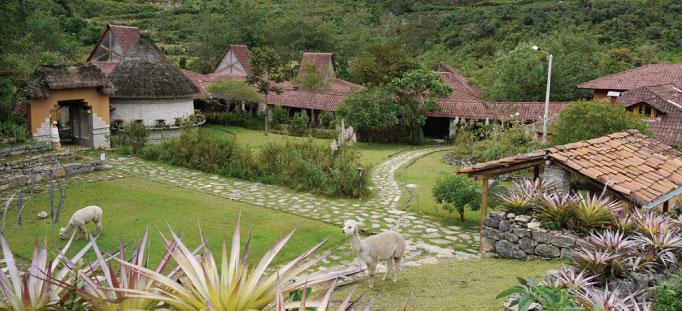 Ausserhalb des museums von Leymebamba, Amazonas