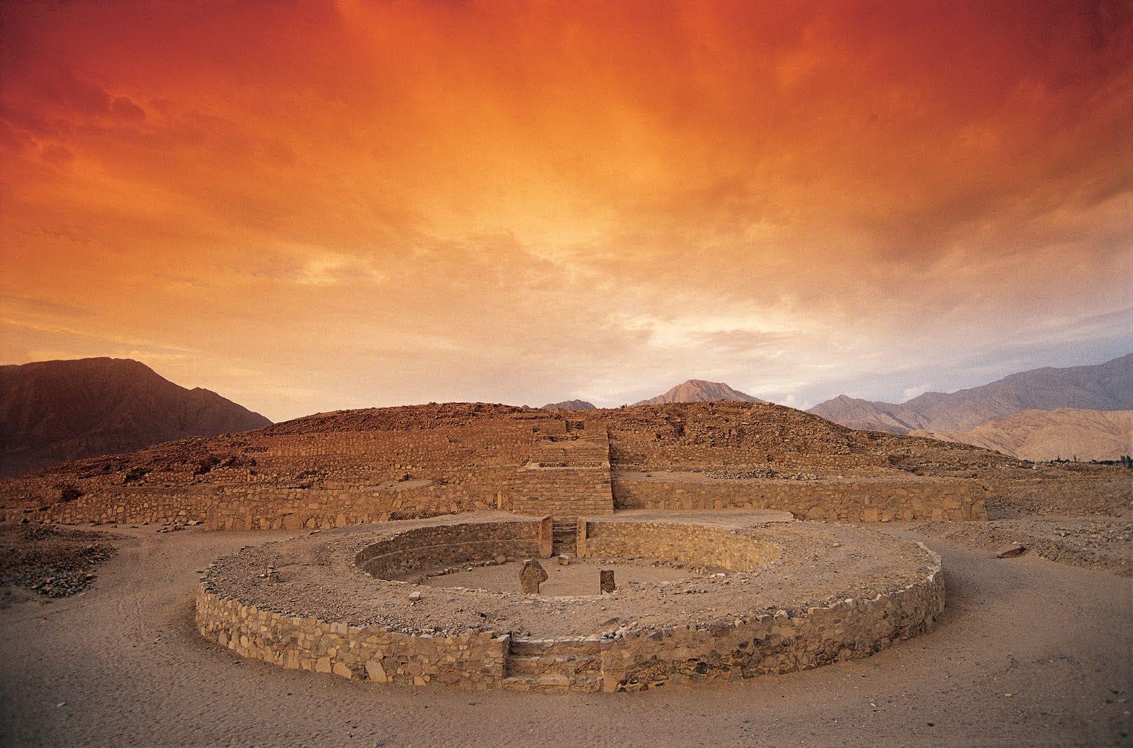 Site archéologique Caral Nord du Pérou, itinéraire nord du Pérou