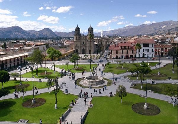 Plaza de Armas, Cajamarca, Nord du Pérou