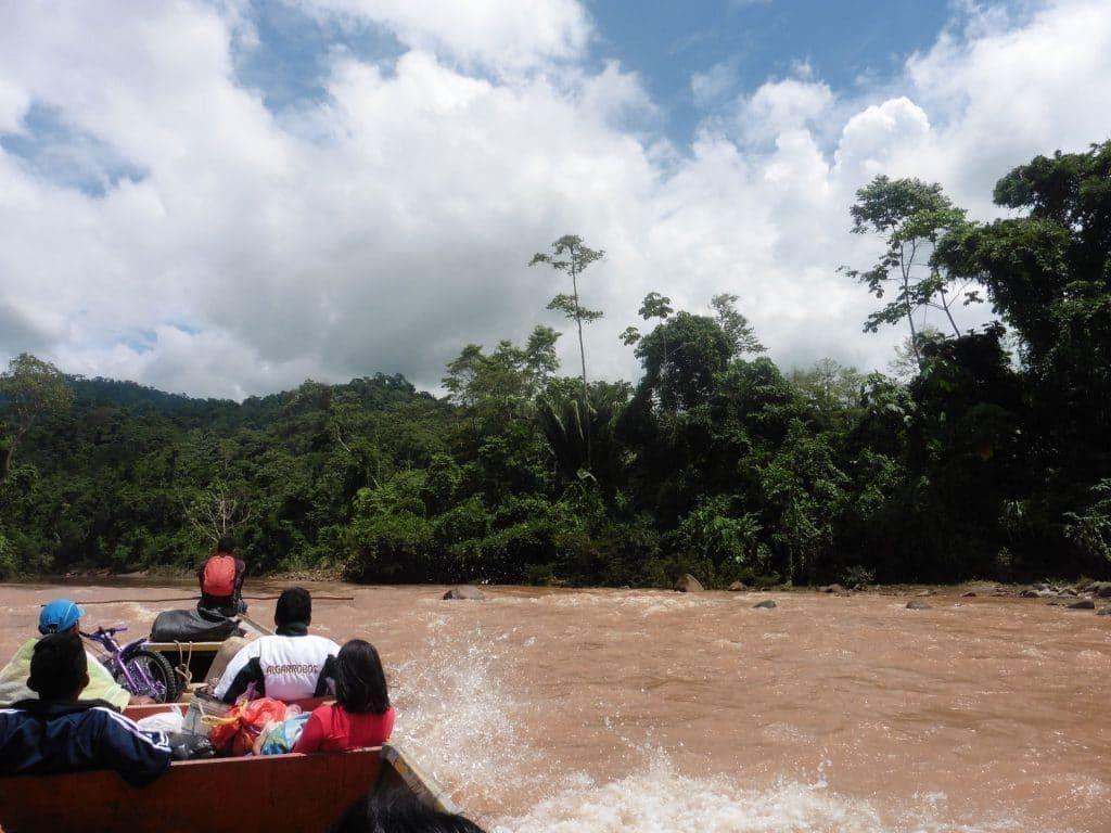 bateau, Amazonie, Nord du Pérou