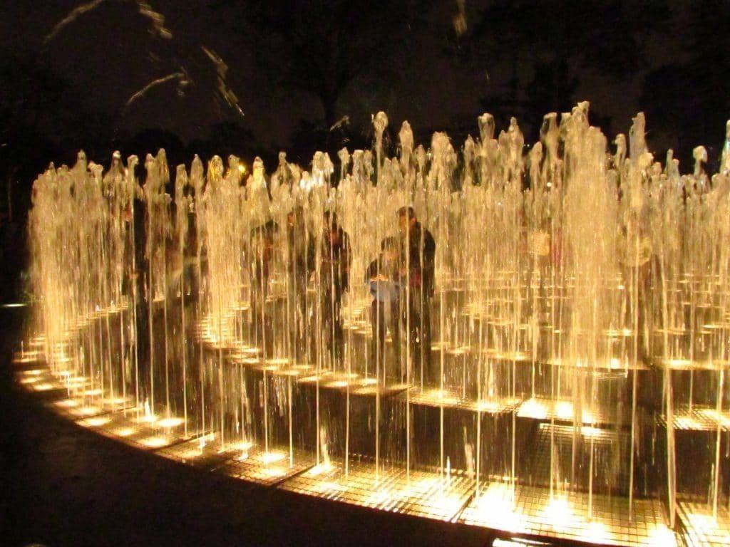 Fontaine eaux Lima