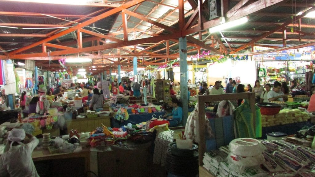market moyobamba