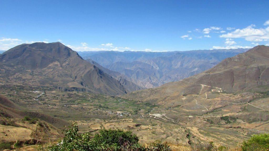 panorama sur route Cajamarca